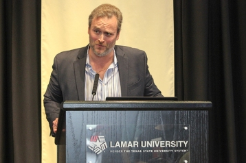 """Robert Worley, LUinterim director of criminal justice, gives an overview of the U.S. criminal justice system titled, """"The Dubious Distinction,"""" at the inaugural Social Justice Symposium, Oct. 6, in Gray Library. UP photo by Ricky Adams"""